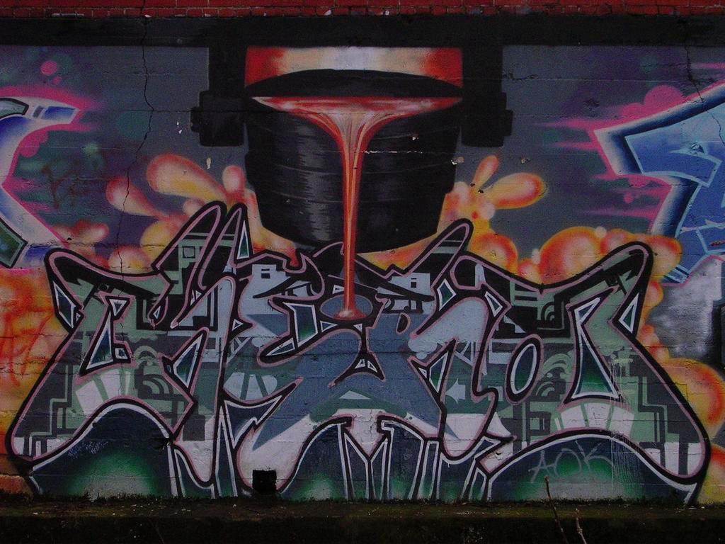Dullroar: Graffiti mural on Gold Way